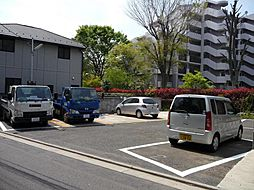 MG駐車場