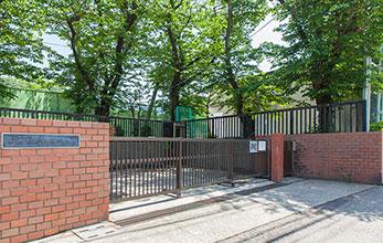 新林小学校 約80m(徒歩1分)