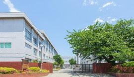 村岡中学校 約1,070m(徒歩14分)