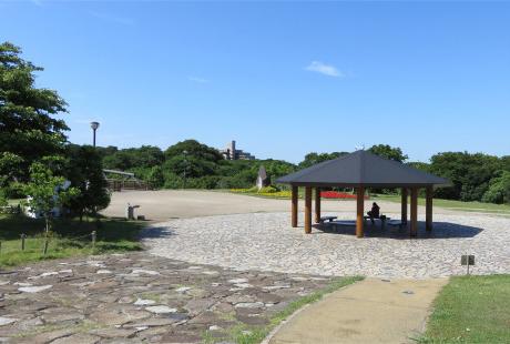 県立相模三川公園 約1,030m(徒歩13分)
