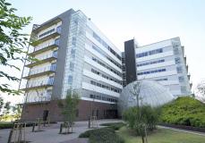 甲南大学ポートアイランドキャンパス 約2,220m(徒歩28分)