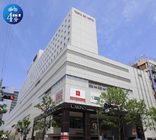 東急ハンズ 江坂店 約1,030m(徒歩13分)