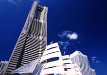 横浜ランドマークタワー 約600m(徒歩8分)