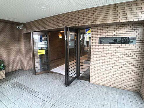 区分マンション-名古屋市中川区東起町5丁目 広々としたエントランスが開放感を演出!