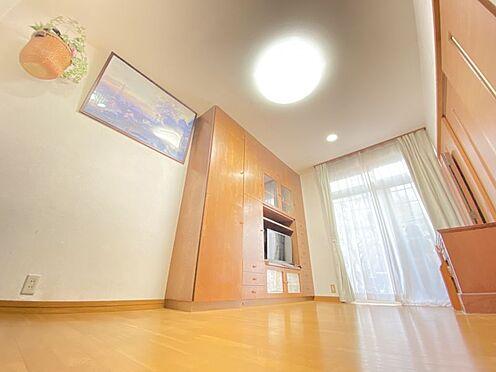 中古一戸建て-糟屋郡志免町田富1丁目 広々とした空間がある1階の洋室写真です♪