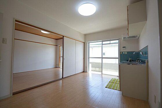 マンション(建物全部)-松阪市駅部田町 陽当りが良く、2部屋併せて13帖以上の広々空間。