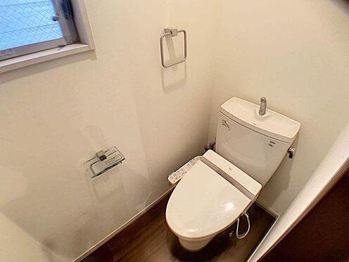 中古一戸建て-名古屋市北区八代町1丁目 窓付きのトイレで換気もしっかりと行うことができます。