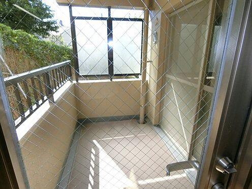中古マンション-福岡市中央区谷2丁目 キッチンからのバルコニー!