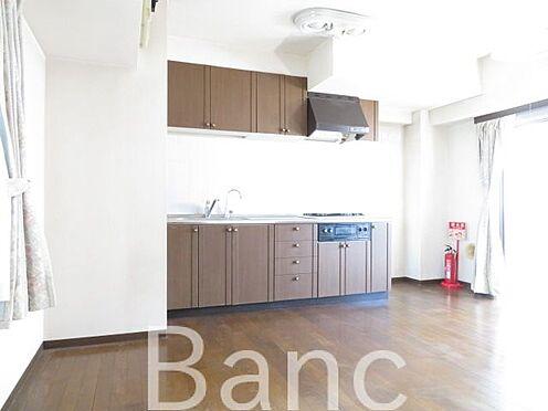 中古マンション-江東区亀戸2丁目 収納たっぷりあるキッチン