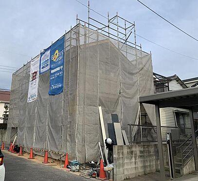 新築一戸建て-みよし市東蜂ヶ池 駐車は車種によりますが2台可能です!お車をお持ちの方には嬉しいポイントですね◎