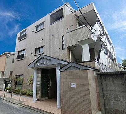 マンション(建物一部)-目黒区目黒本町4丁目 閑静な住宅街に立地!3階建てで貴重なエレベーター付きマンションです!