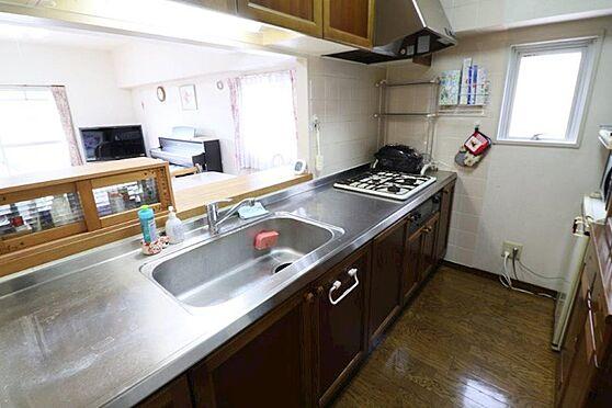 中古マンション-八王子市上柚木3丁目 窓が有る明るい対面型キッチンです。