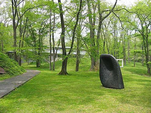 土地-北佐久郡軽井沢町大字長倉 セゾン美術館まで約4.7km。「コレクション展」や「Art Today展」などの企画展が人気です。