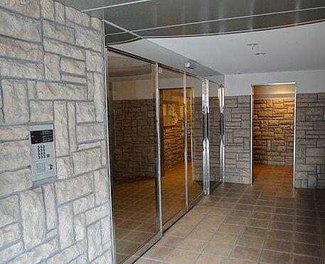 マンション(建物一部)-神戸市北区山田町下谷上字門口 エントランスにはオートロックあり
