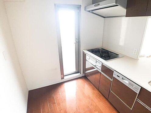中古マンション-名古屋市中区大井町 対面式キッチンなのでご家族とお話しながら家事ができます♪