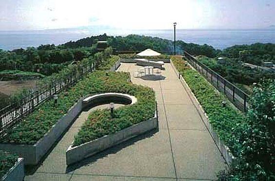 中古マンション-賀茂郡東伊豆町奈良本 【屋上庭園】伊豆大島から相模湾を一望します。