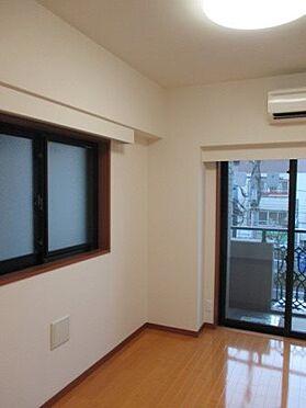 マンション(建物一部)-横浜市西区中央2丁目 居間