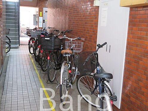 中古マンション-江東区木場2丁目 共有部分の駐輪場です。
