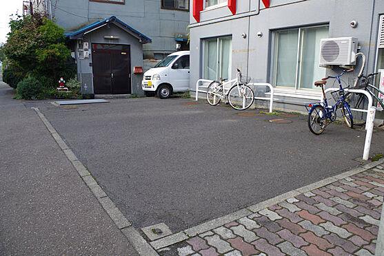 マンション(建物全部)-札幌市白石区菊水二条1丁目 駐車場