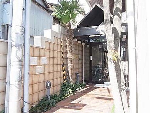 マンション(建物一部)-神戸市兵庫区西上橘通1丁目 日当たり良好なエントランス。