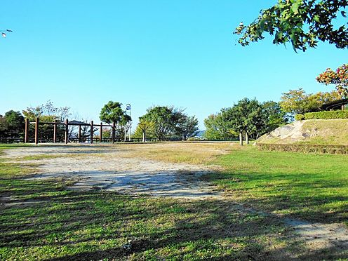 中古一戸建て-岡崎市真伝吉祥2丁目 梅園公園約2688m(徒歩約33分)