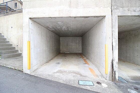 中古一戸建て-多摩市連光寺4丁目 駐車場