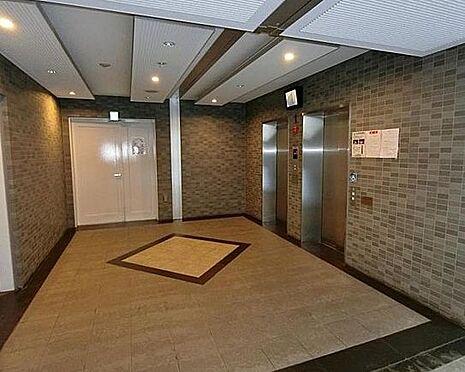 区分マンション-大阪市西淀川区御幣島3丁目 防犯カメラ付きのエレベーター