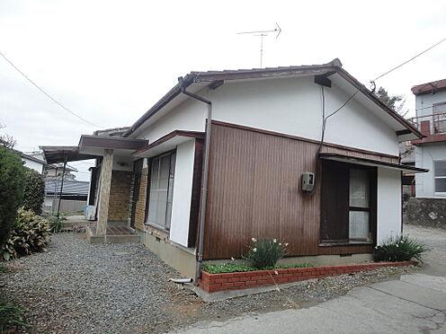 アパート-糟屋郡粕屋町花ヶ浦2丁目 敷地内に平家建があります。