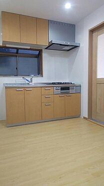 ビル(建物全部)-荒川区東日暮里4丁目 キッチン一部リフォーム済