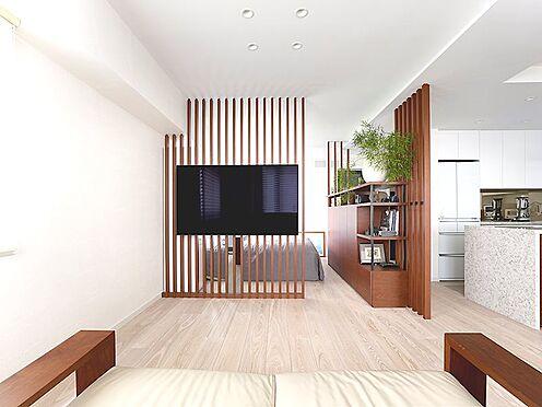 区分マンション-中央区湊3丁目 ベッドスペースの空間は格子で仕切ることで、視線を遮りながらも開放感を損なわないように配慮しています。