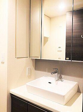 中古マンション-千代田区外神田4丁目 三面鏡付洗面化粧台