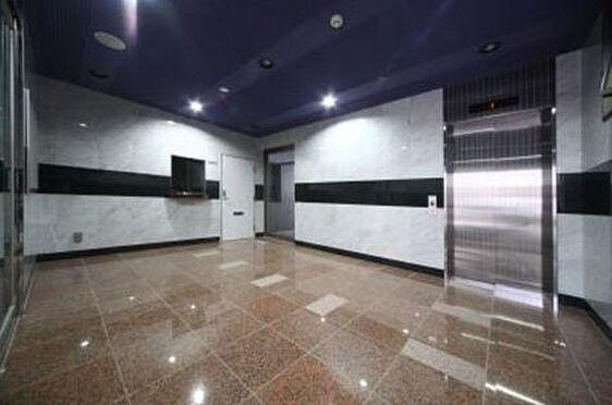 区分マンション-福岡市博多区美野島3丁目 清潔感のあるエントランス