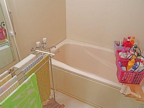中古マンション-伊東市富戸 〔浴室〕温泉大浴場のほかに、お部屋にも浴室がございます。