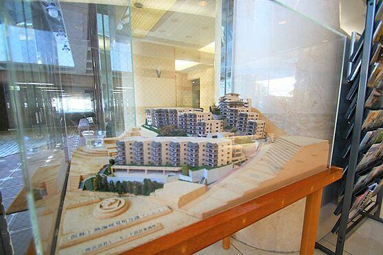 リゾートマンション-熱海市咲見町 建物模型:「(仮称)熱海咲見町分譲マンション」プロジェクトとして朝日フレールの歴史が始まりました。