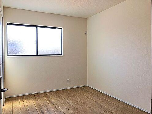 戸建賃貸-刈谷市半城土中町3丁目 光が十分入るように計算された窓