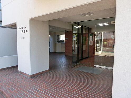 マンション(建物一部)-足立区西新井本町3丁目 入口です。