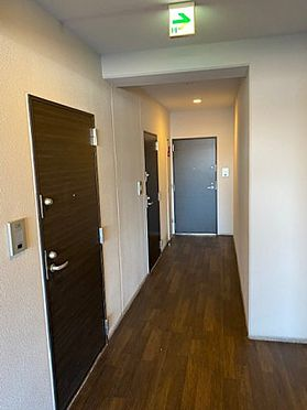 中古マンション-大阪市中央区農人橋2丁目 マンション廊下