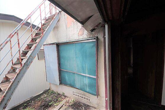 建物全部その他-八王子市長房町 庭から階段で登っていくと屋上へと続いてます。。