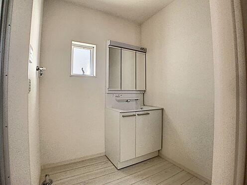 新築一戸建て-名古屋市守山区鳥羽見1丁目 使いやすい三面鏡の洗面台!