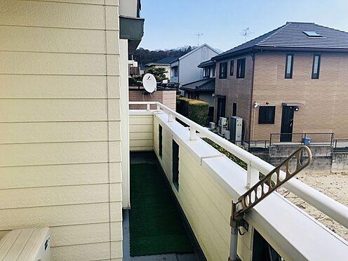 中古一戸建て-名古屋市名東区極楽2丁目 南向きのバルコニーで気持ちよく洗濯物も干せます!