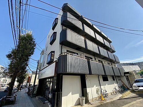 収益ビル-藤沢市本町4丁目 JR藤沢駅も徒歩約20分。交通量の多い場所です。