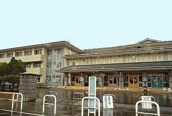 アパート-新発田市新栄町1丁目 新発田市立猿橋小学校(1020m)