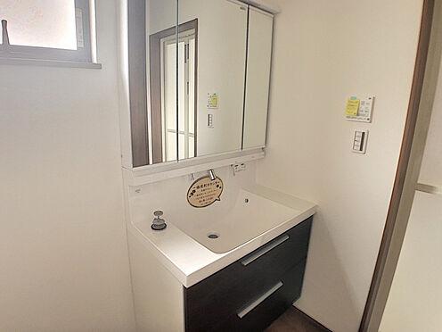 戸建賃貸-小牧市堀の内4丁目 収納力のある洗面台