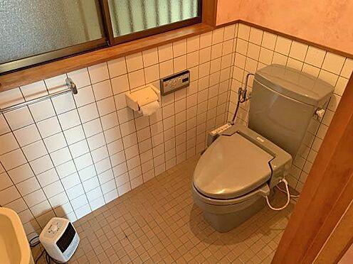 中古一戸建て-伊東市赤沢 ≪トイレ≫ 洗浄機能付きのトイレ。