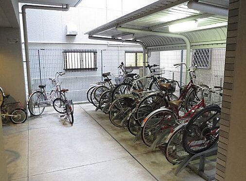 マンション(建物一部)-大阪市東成区中道1丁目 屋根のある駐輪場