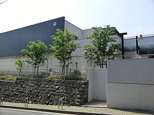 マンション(建物一部)-港区六本木7丁目 若葉会幼稚園