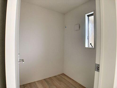 戸建賃貸-名古屋市北区如来町 テレワークルームがあり、集中して作業できる環境です。