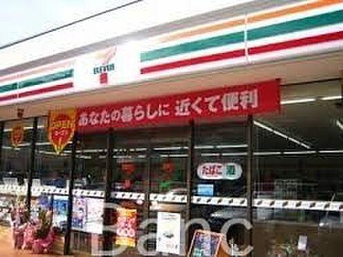 中古マンション-渋谷区本町3丁目 セブンイレブン渋谷本町3丁目店 徒歩3分。 200m