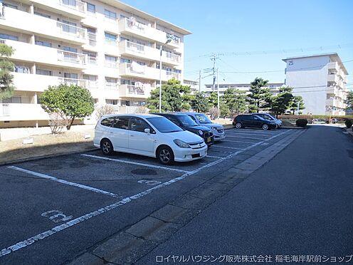 中古マンション-千葉市美浜区稲毛海岸3丁目 敷地内駐車場です!