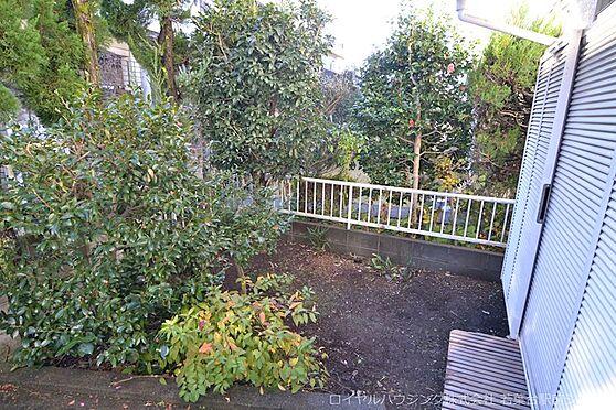 中古一戸建て-多摩市連光寺4丁目 南向きのお庭です。